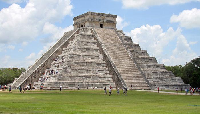 Chichen itz donde se entrecruza el legado de mayas y for Las construcciones de los mayas